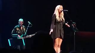 Lennon Stella- Vienna (Billy Joel cover) Nashville Final Season Celebration-The Opry- Nashville,TN
