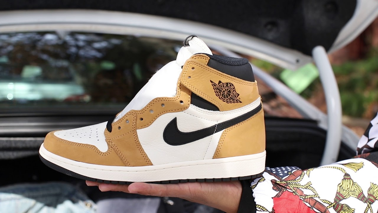 "1dcc98e89fc76b Air Jordan 1 ""Rookie Of The Year"" (Dope or Nope) + On Foot - YouTube"