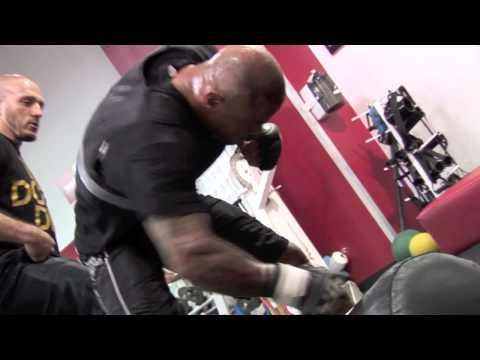 Thiago Alves | UFC 130 | JC Santana training Thiago Alves