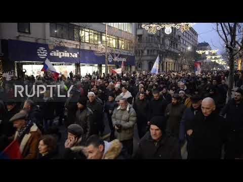 Serbia: Thousands protest against Montenegro's religion law