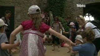 Bon dans le passé aux Médiévales de Fort-la-Latte
