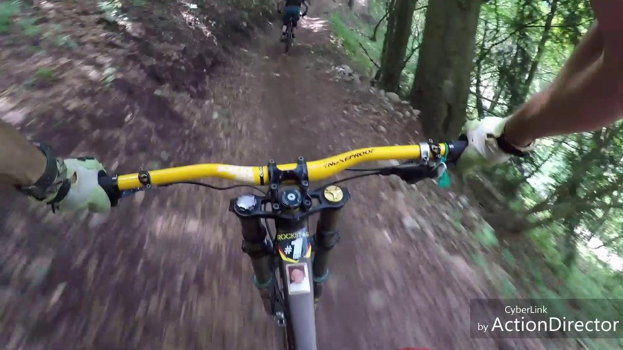 Piani di Bobbio bikepark braapp! - YouTube