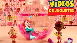 La Doctora Juguetes cura a La Sirenita - videos de juguetes en español