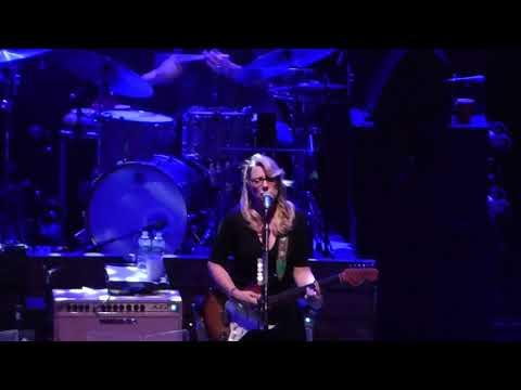Tedeschi Trucks Band - Midnight In Harlem 10-14-17 Beacon Theatre, NYC