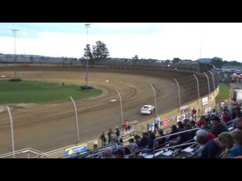 Lawrenceburg Speedway | 5.20.17 | Bessler's U Pull & Save Hornets  | Heat 1