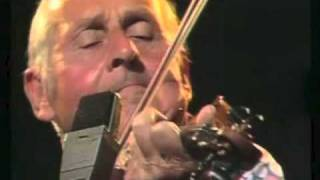 Stephane Grappelli Plays Smoke Gets In Your Eyes