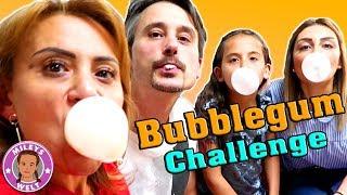 Kaugummi BUBBLEGUM CHALLENGE - wer schafft die größte Blase ??? | Mileys Welt