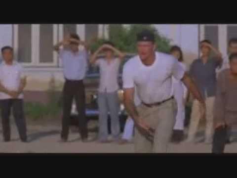 Robin Williams - Good Morning Vietnam Trailer