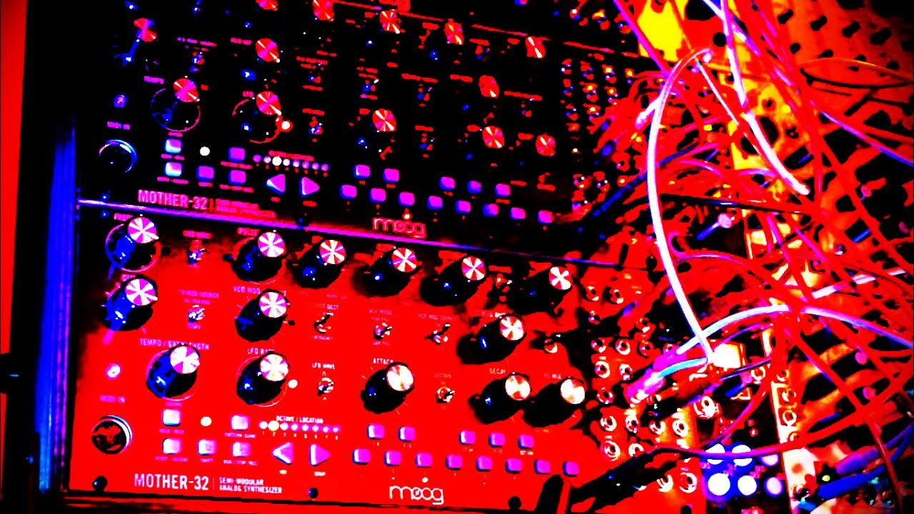rheyne sequenced jam 42 moog mother 32 dfam make noise eurorack youtube. Black Bedroom Furniture Sets. Home Design Ideas