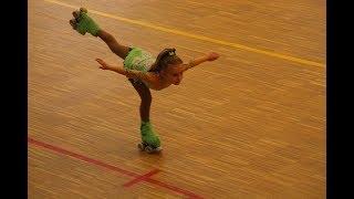 niña patinando.Video de patinaje sobre ruedas.videos en español