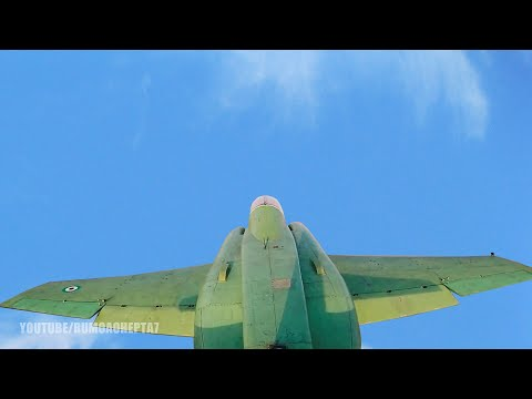 Iran Unveils First Homegrown Combat Jet Trainer Dubbed - Irã