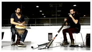 Christian dehugo y Marcos Úbeda. Djembe y Didgeridoo.