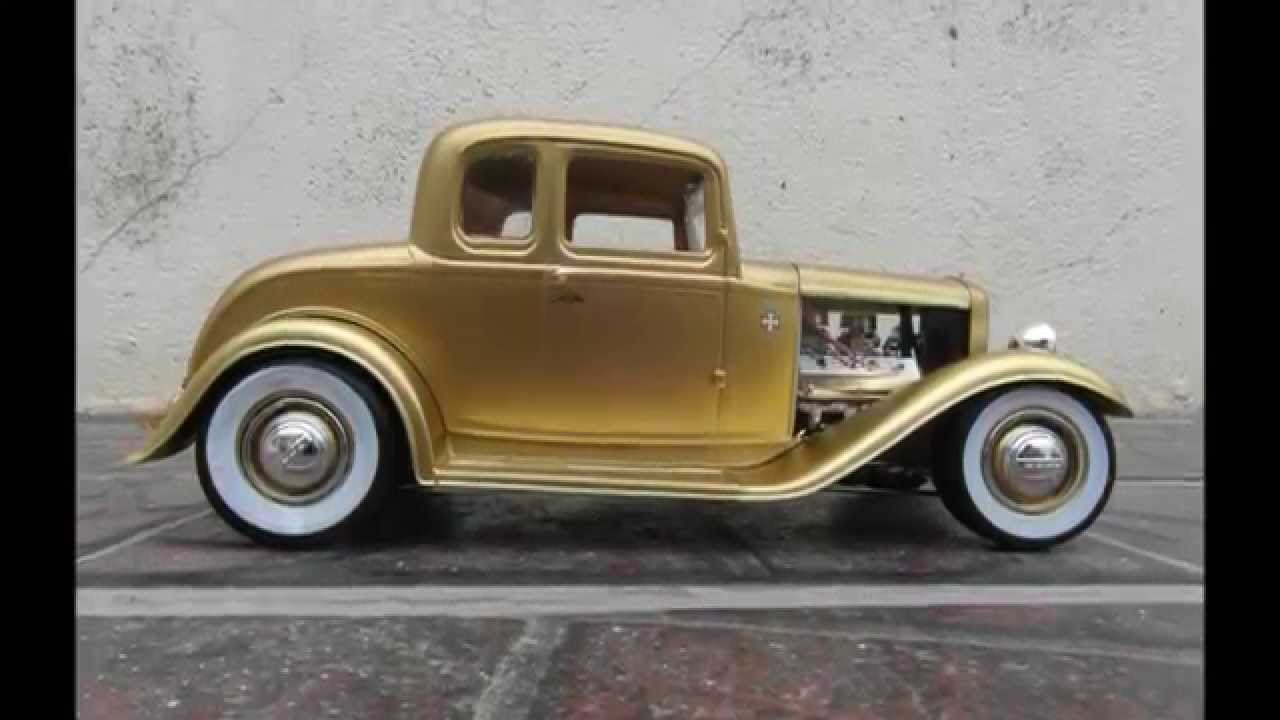 Ford 1932 5 windows coupe revell kit 1 25 youtube for 1932 5 window coupe kit cars