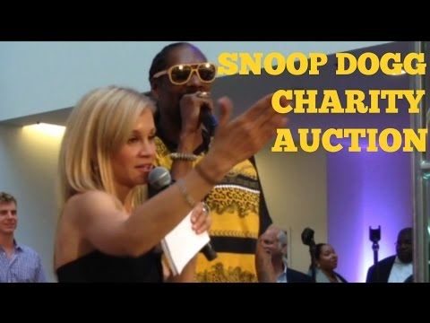 Charity Auctioneer Fundraising Auction for Snoop Dogg & Joe Montana Auction