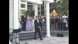A Gorgeous Florida Wedding and Stunning Bride