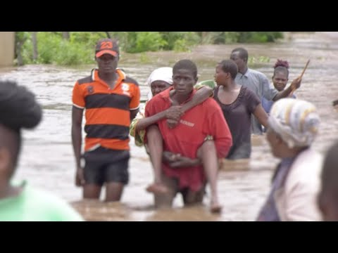 Kenya floods kill nearly 200 in past month