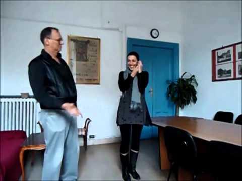Scudit - Linguaggio dei gesti (con base musicale)
