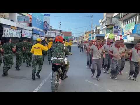 Ini Yang Terjadi Ketika TNI AD dan Polisi di Bone Bertemu di Jalan Saat Berlari