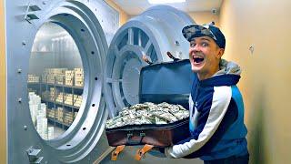 Купили на аукционе чемодан грабителя банка!