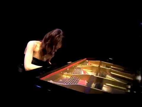 「松本あすかアーティストスコアブック PIANO ESPRESSIVO」(プリズム)より