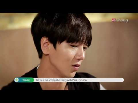 "09.05.2016. Yesung habla de su album ""Here I am"" en Pops In Seoul Star Track 예성"