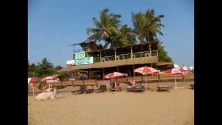 outside hippies bar 2 , anjuna beach , goa , india, wifi , beer ,  house music , electronic , tech