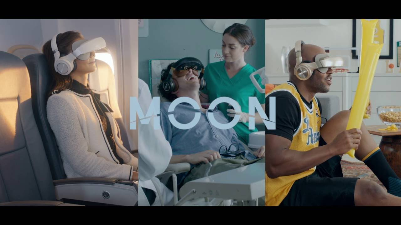 Moon 3D Mobile Theater // Gold video thumbnail