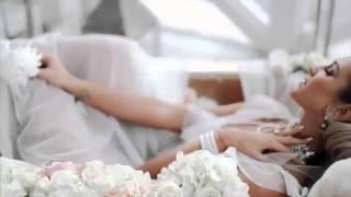 Ольга Бузова в свадебном платье залезла в ванную