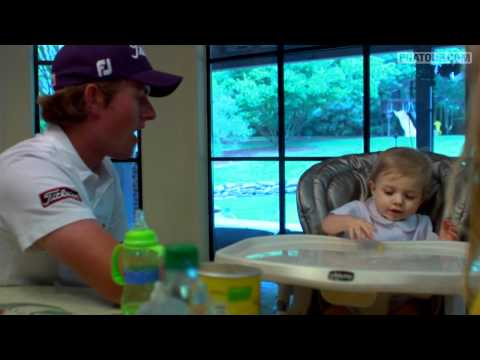 Behind the scenes with Webb Simpson