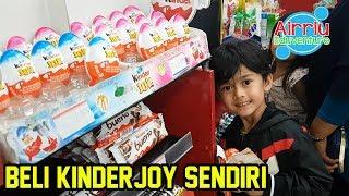 Beli Kinder Joy Baru Sendiri || Dapat Mainan dari Oki Kids Fun