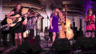 Noé Socha & Della Mae - Trouble in mind live at the Fairmont Copley