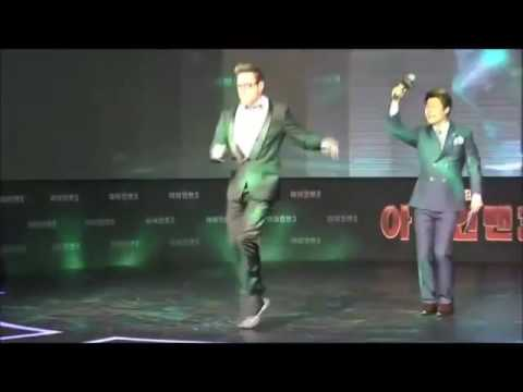 Robert Downey Jr dancing