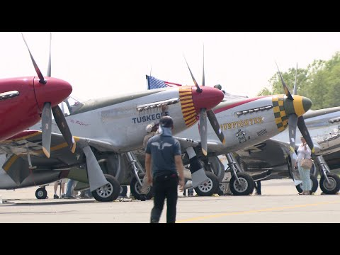 U S  Vintage Aircraft to Fly Over Washington D C  for WWII Commemoration