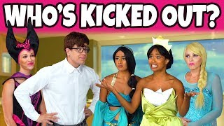 WHO'S KICKED OUT OF SCHOOL? (Is it Frozen Elsa, Jasmine, Tiana or Maleficent?) Totally TV