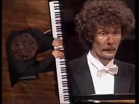 Enrico Pace plays Liszt - Totentanz