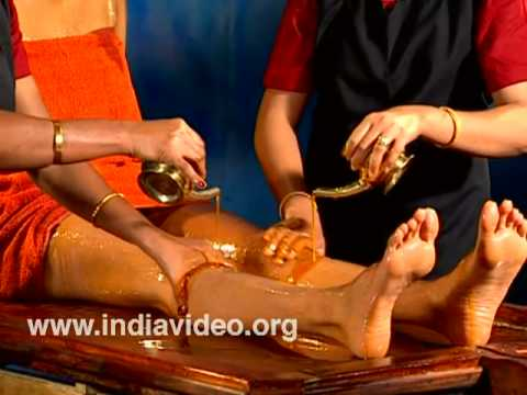 Snehadhara - streaming and massage with oil in Ayurveda