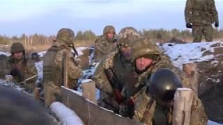 Soldater fra Hæren træner ukrainske styrker