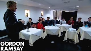 Shark Bait: Change in China Town - Gordon Ramsay