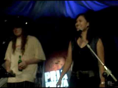 Karaoke in Bali