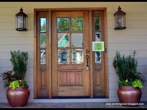 Exterior Door With Sidelight