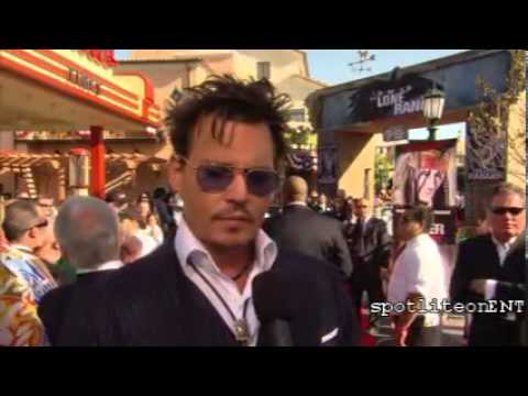 'The Lone Ranger': Johnny Depp and Armie Hammer attend The Red Carpet Premiere (Video)