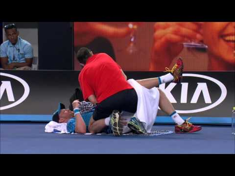 Dmitry Tursunov v Stan Wawrinka highlights (1R) | Australian Open 2016