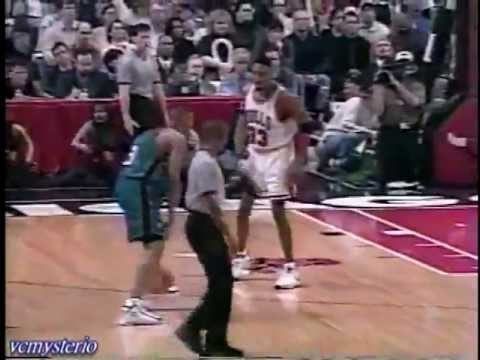 Grant Hill 37pts-10reb-5ast vs Chicago Bulls (1998.03.31)- Sick Crossover on Pippen
