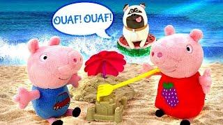 Peppa Pig à la plage. Vidéo en français pour enfants. Jeux de sable
