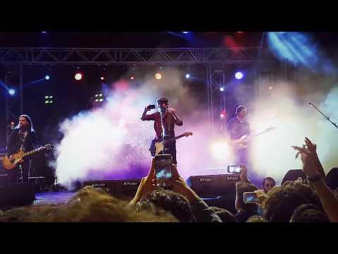 EMU 23rd Spring Fest ►Mor Ve Ötesi - Bir Derdim Var◄ Live Concert