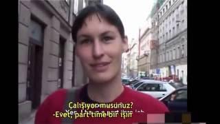 Canı sıkıldı teklifi kabul etti (türkçe altyazılı)