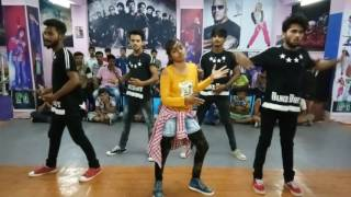 Tu Cheez Badi choreography By D4 Dance Academy, Machine Mustafa & Kiara Advani Neha Kakkar