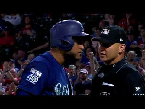 Robinson Cano is ejected from the game by the home-plate umpire