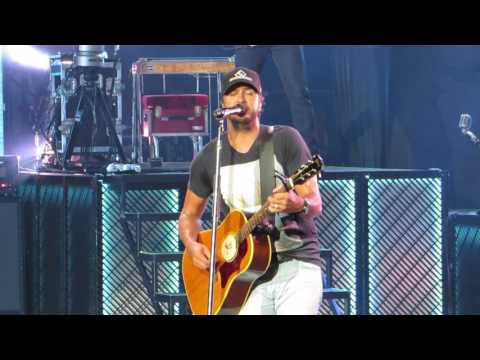 "Luke Bryan ""Rollercoaster"" Live @ PNC Arts Center"