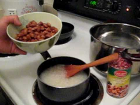 Day Nau Che (Cooking a Vietnamese Dessert)